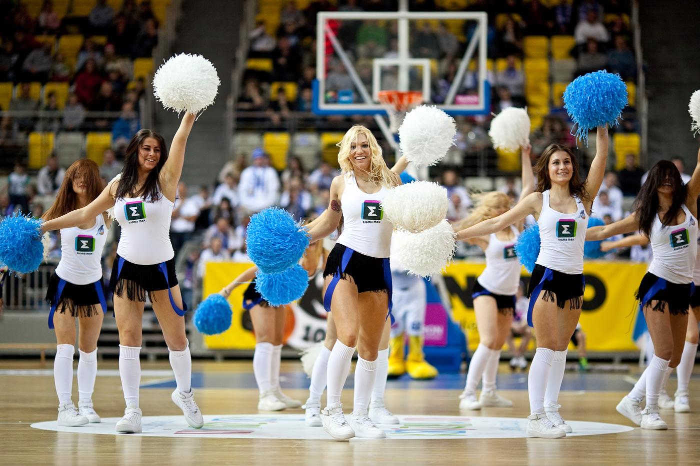 cheerleaders azs