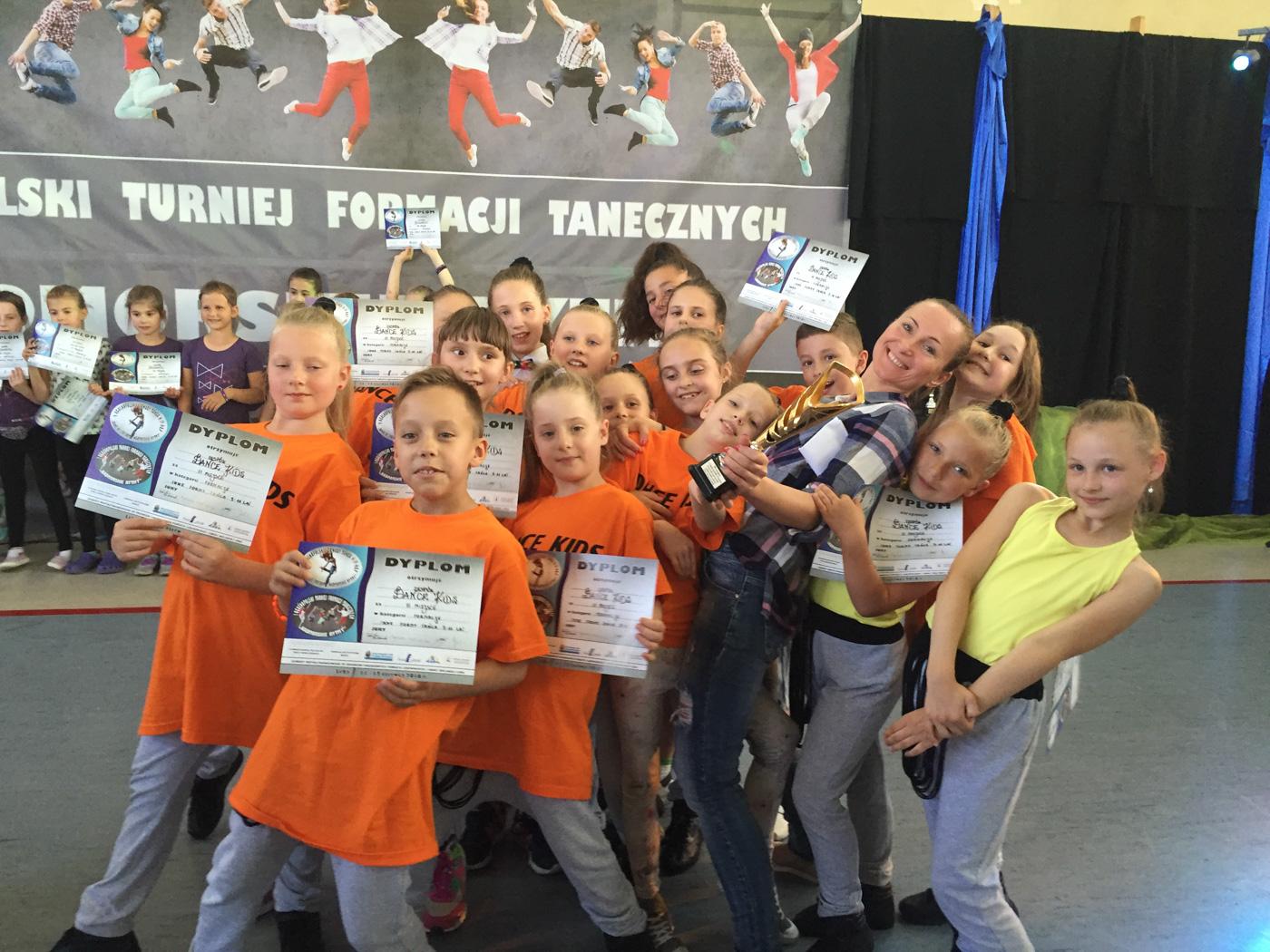 dance kids (2)