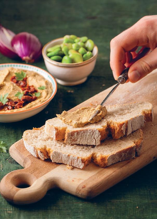 hummus z bobu zdjecie