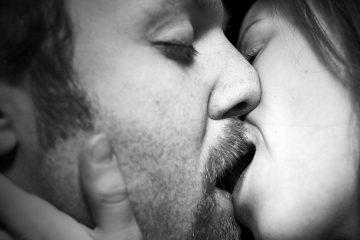 Kiss / 20100130.7D.02505.P1.L1.C23.BW / SML