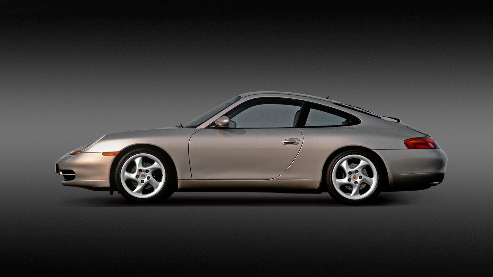 Porsche 911 (typ 996) - pierwsze Porsche 911 z silnikiem typu bokser chłodzonym cieczą