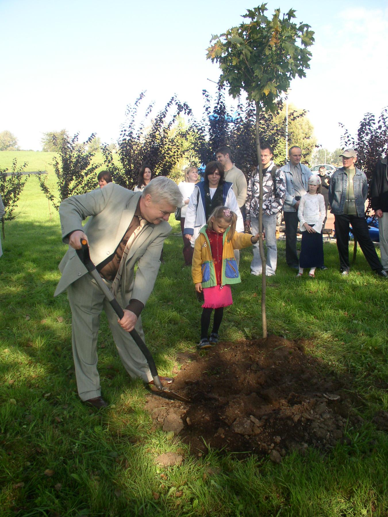 Obchody miejskiego Święta Drzewa 10.10.2010 - Muzeum Wody