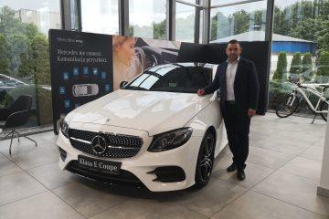 Model E COUPE jest już dostępny od 2410 zł netto miesięcznie w programie Lease&Drive 1% (WPŁATA WSTĘPNA 5%, PRZEBIEG ROCZNY: 25000 km, OKRES UMOWY: 24 MIESIĄCE)
