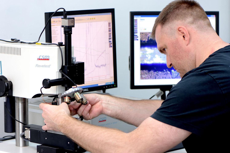 Badania nad zwiększaniem trwałości narzędzi mają w Politechnice Koszalińskiej znacznie dłuższą historię.